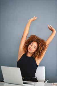 Dynamisch Sitzen - Bewegung während der Arbeit ist wichtig