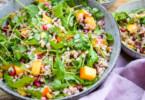 Gesünder essen mit Salat; Gerste Kaki Salat von Elle Republic