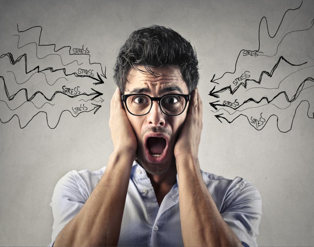 Hörsturz, lang andauernder Stress und Lärm sind eine weitverbreitete Ursache für Ohrengeräusche/Tinnitus.