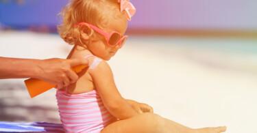 Sonnenschutz Kinder eincremen
