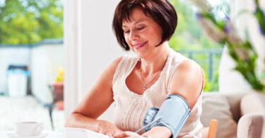 moderne Blutdruckmessgeräte zu Hause