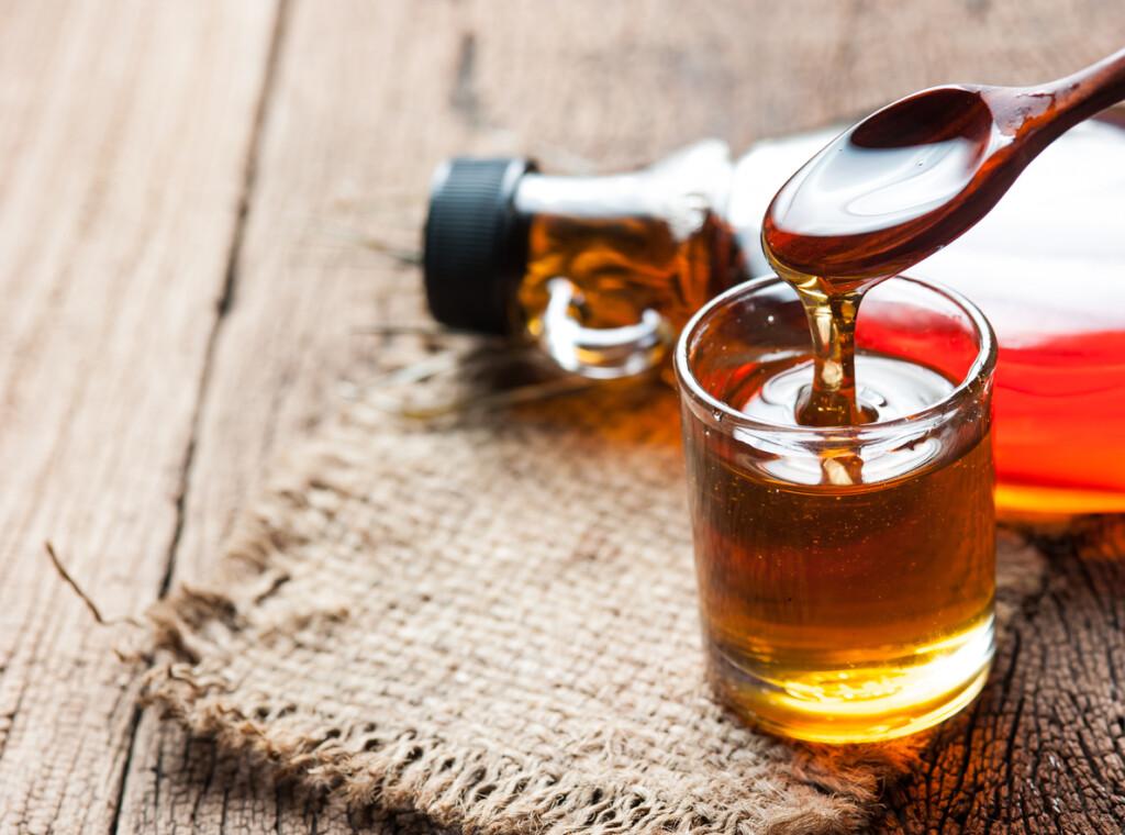 Tipps für gesunde Zutaten im Essen Ahornsirup