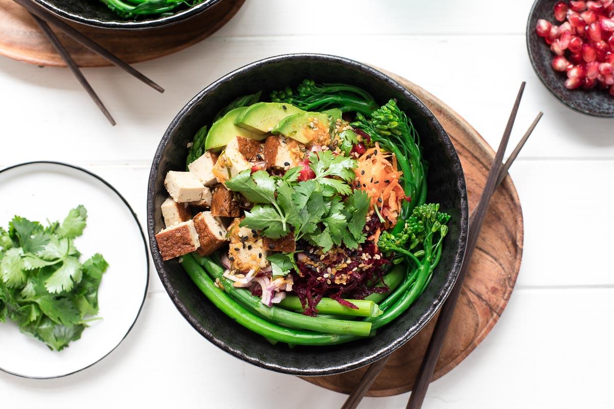 Bowl mit Reisnudel & Tofu, Bowls einfach selber machen