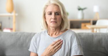 Long-COVID - Frau mit Problemen nach Covid-Erkrankung